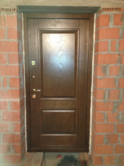Входная дверь - массив дуба