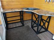 Металлическая подставка под столешницу для кухни